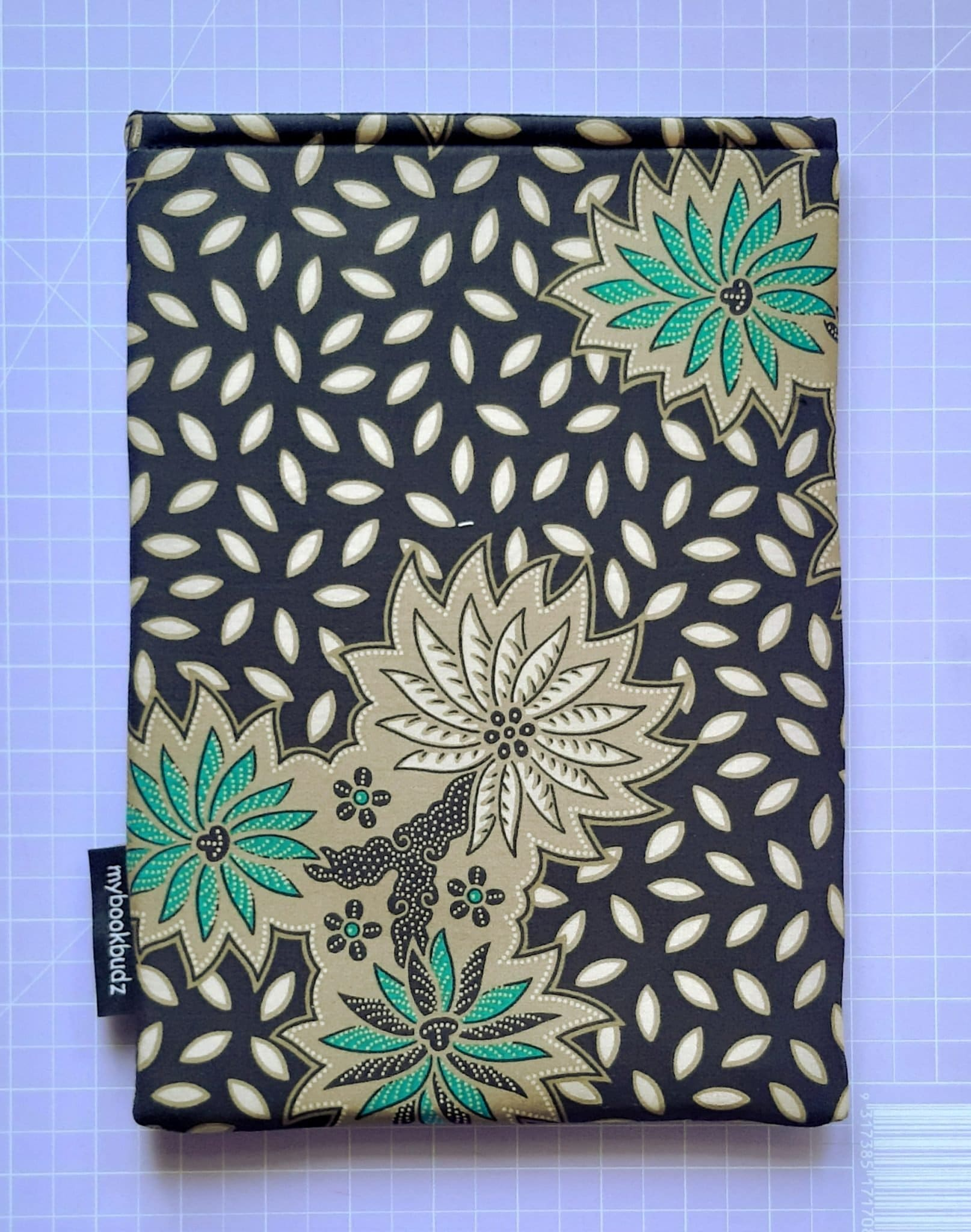 Black with Green Flower Batik Booksleeve