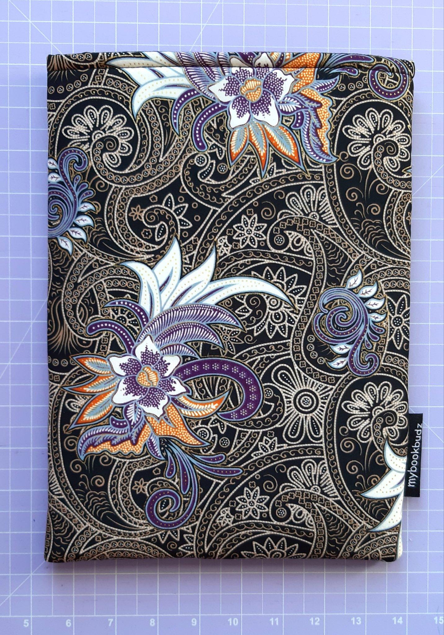 Black & Purple Booksleeve – Front