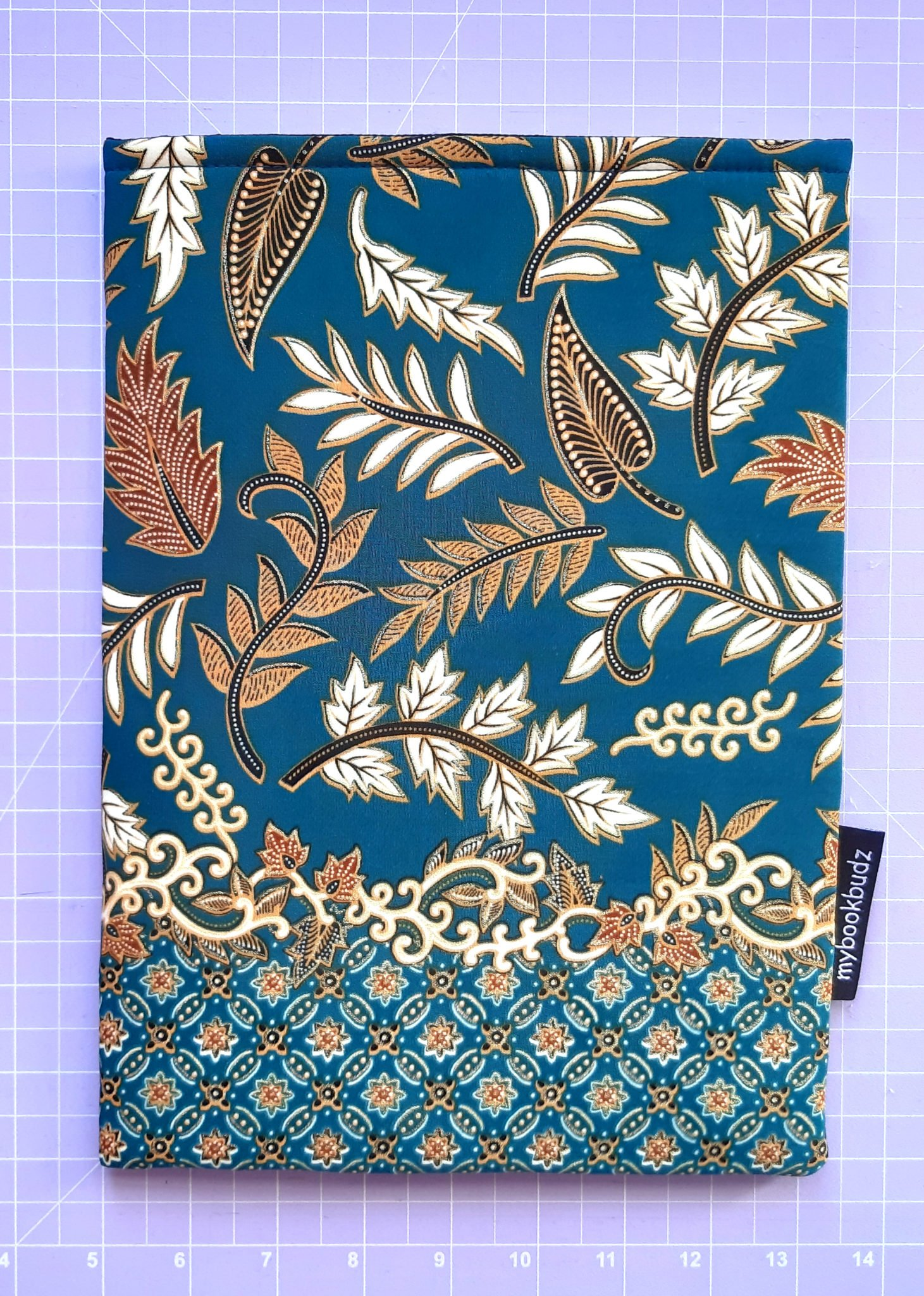Booksleeve – Autumn Leaves with Border- Turqoise