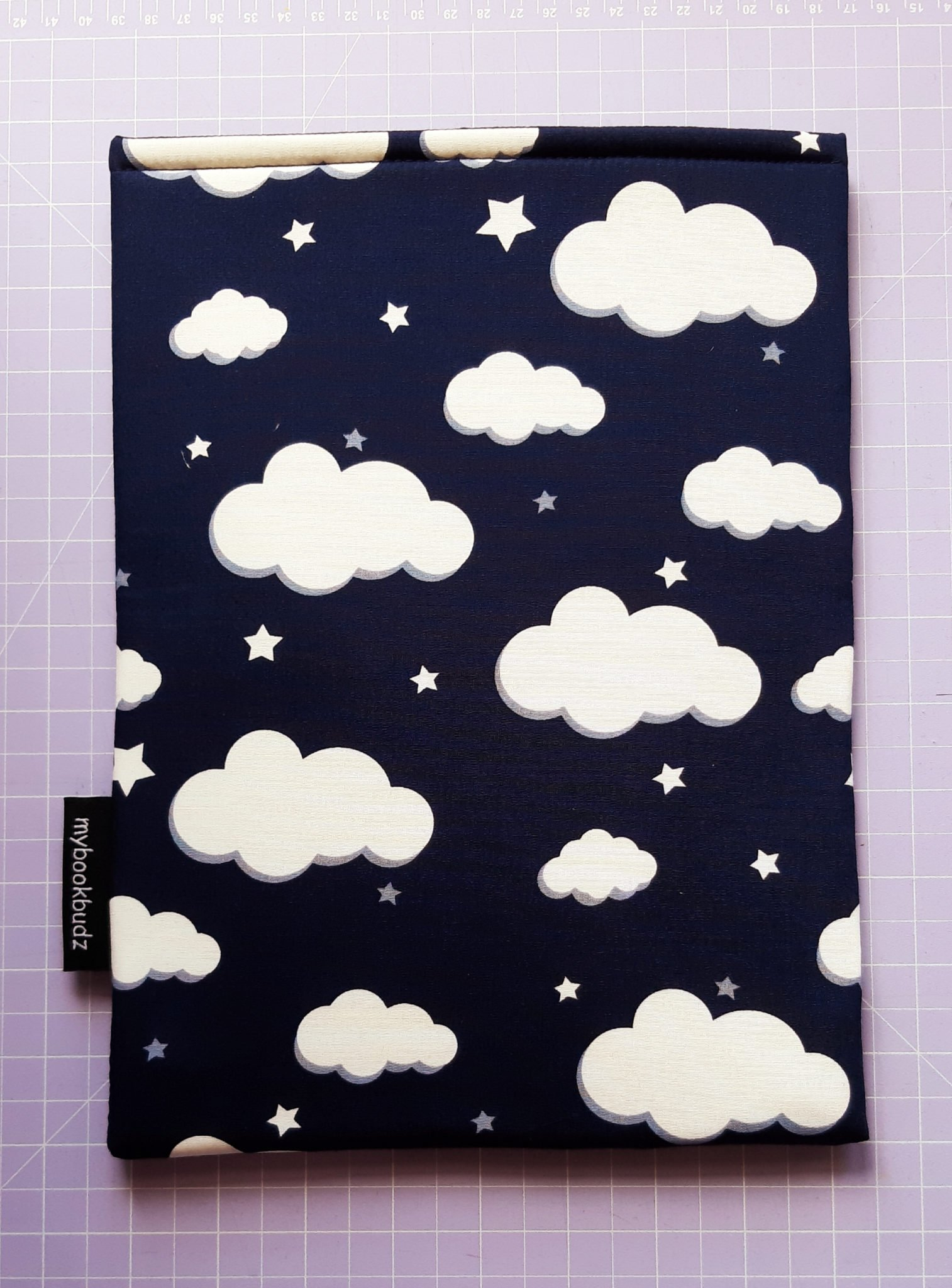 Booksleeve – Clouds